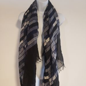 *FREE* Banana Republic Scarf